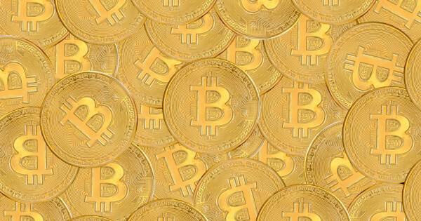 Bitcoin Struggles to Maintain Its Dominance