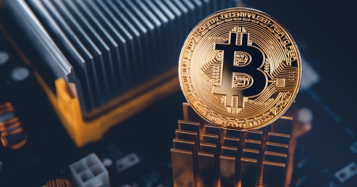 Is Bitcoin the Best Asset to Hold? Gold Bull Jeffrey Gundlach Calls BTC