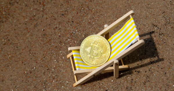 Bitcoin on Exchanges Experience a Sharp 50-Day Drop, Suggesting Diminishing Sell-Side Pressure