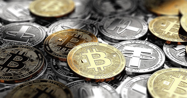 Crypto Price Today: Bitcoin Tops $63,935.12, Nears to Break April's ATH, Altcoins Rally in Low-Level Buying