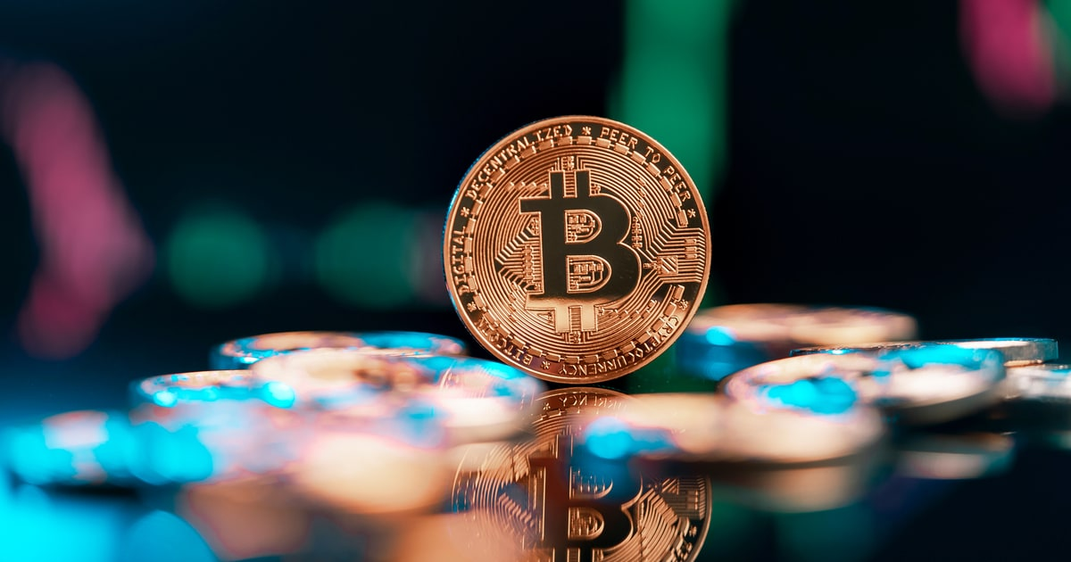 Bitcoin's Short-Term Interest Declines by 43% From an ATH Experienced in February
