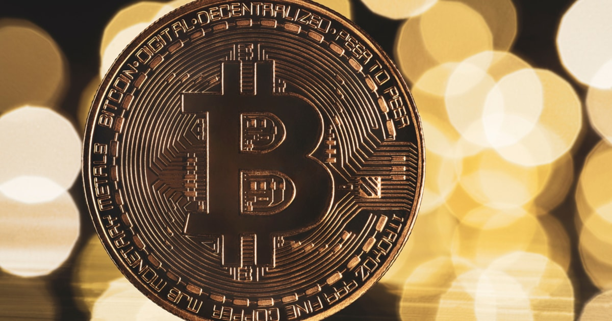 Bitcoin Has to Hold above $52,000 to Avoid Further Downward Movements, says Crypto Analyst