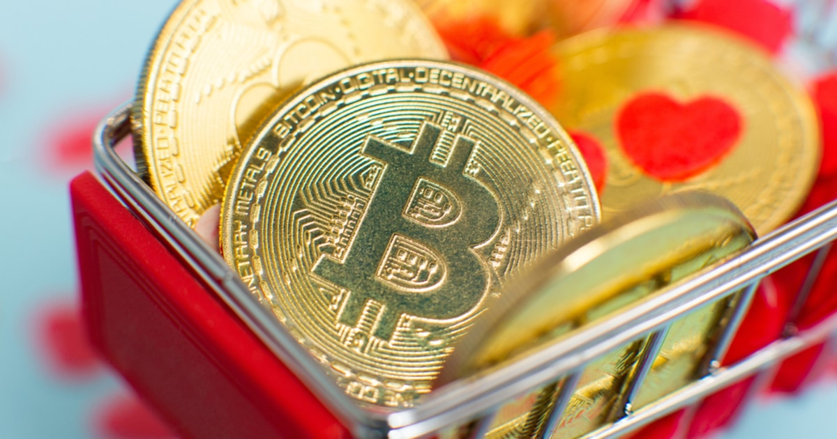 Peter Schiff Criticizes Sequoia Capital's Employee BTC Plans, Says It's An Attempt to