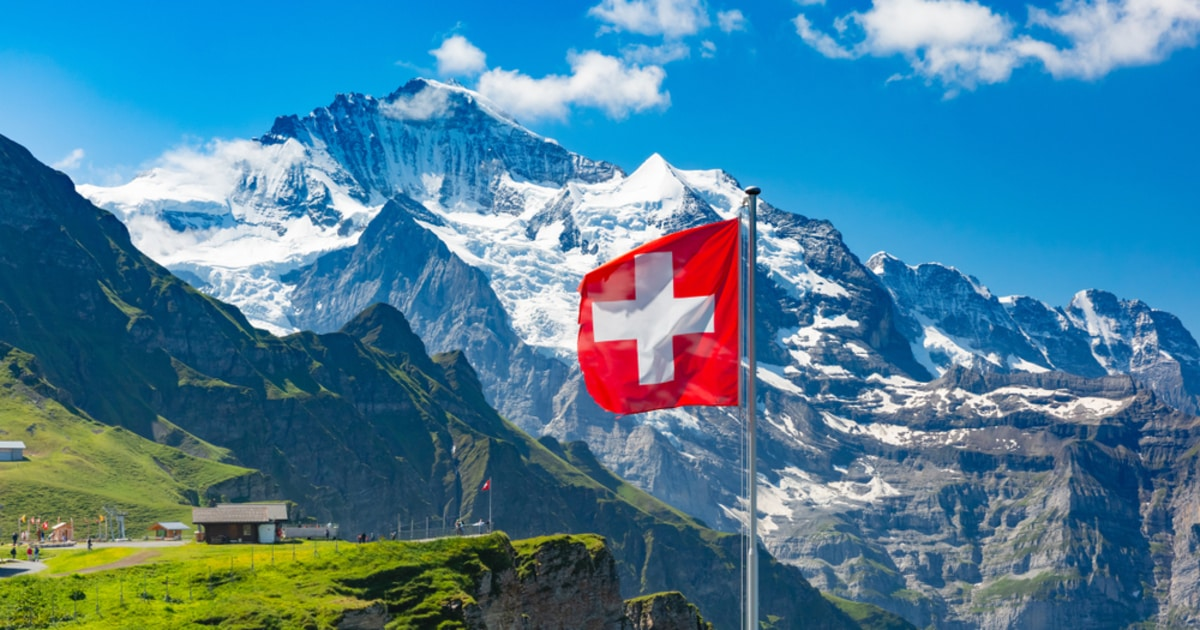 Swiss Market Watchdog Approves First Regulated Crypto Fund for Investors