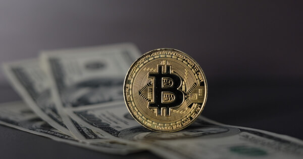Bitcoin Transaction Volumes Continue to Reflect Trickling in of Big Money