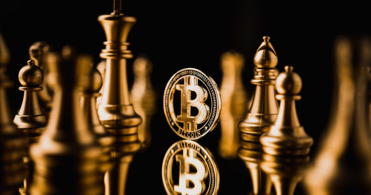 Bitcoin Investors Who Bought the 2017 Top are Not Selling, as BTC Holders Continue to Accumulate