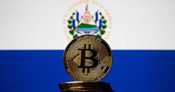 Fitch Warns El Salvador's Bitcoin Adoption Will Hurt Local Insurers' Credit Ratings