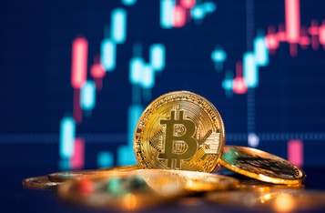 Bitcoin Sees Massive Pullback as Addresses With More Than 1K Coins Reach One-Month Low