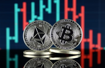 """Bloomberg Analyst Believes Nothing """"can stop the process of Ethereum flippening"""" Bitcoin"""