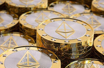 Altcoins ETH, AAVE Sees ATH Price Rallies, XRP Prays For SEC's Deliverance