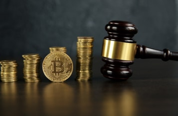 """FinCEN's Proposed Crypto Rule Does Not """"Follow Proper Procedure""""- Coinbase CEO"""