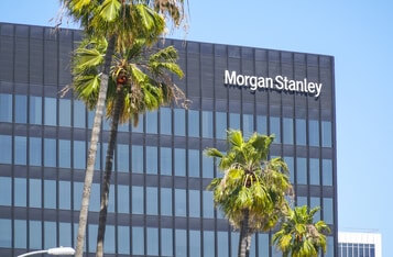 Morgan Stanley Becomes First US Bank to Offer Bitcoin Funds to Its Clients