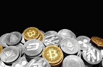Will The Crypto Market Cap Dip Below The $1 Trillion Mark Again?